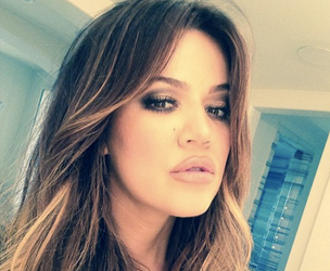 Khloe Kardashian shows us how to give that good good glam!